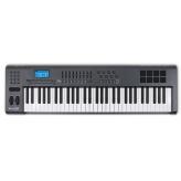 МИДИ клавиатура M-Audio Axiom 61